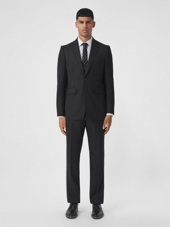 Classic Fit Wool Cashmere Tailored Jacket in Black