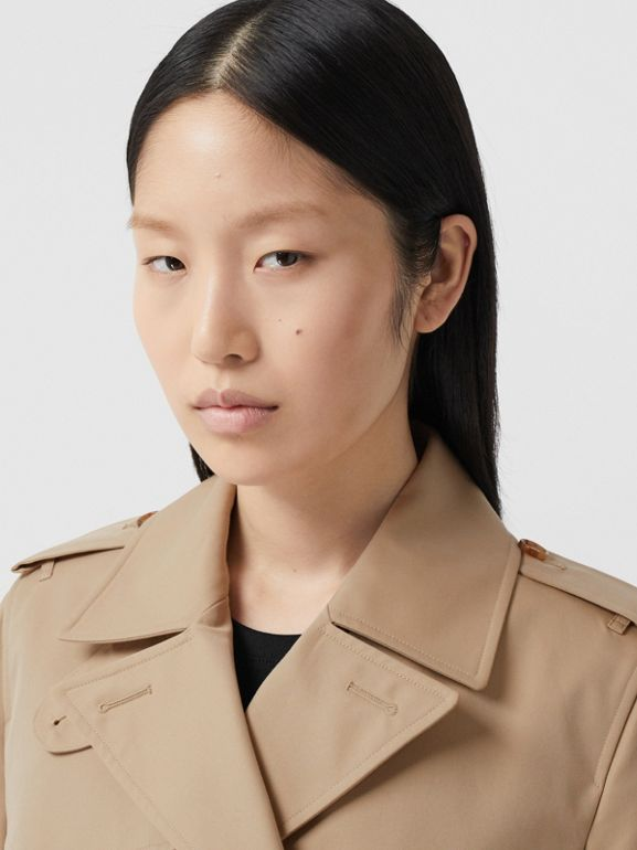 The Short Islington Trench Coat in Honey - Women | Burberry - cell image 1