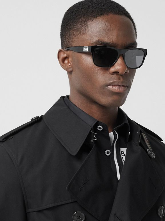 The Short Wimbledon Trench Coat in Black - Men | Burberry - cell image 1