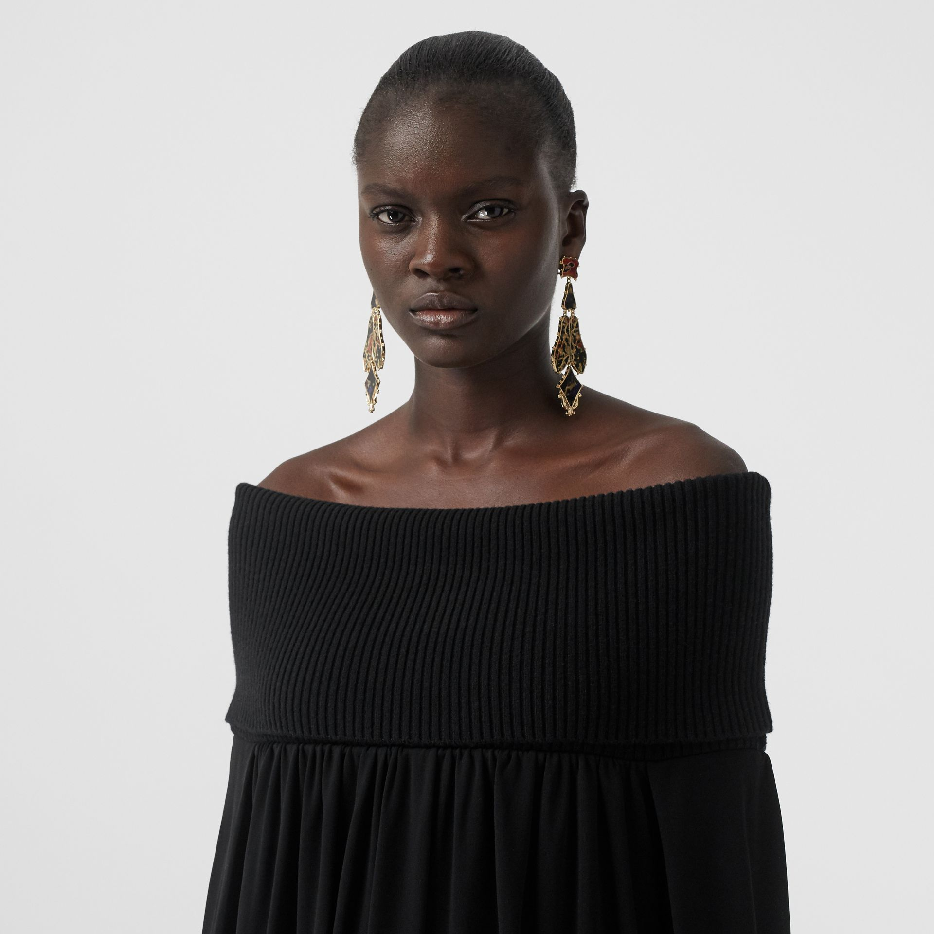 Off-the-shoulder Wool and Crepe Dress in Black - Women | Burberry United Kingdom - gallery image 5
