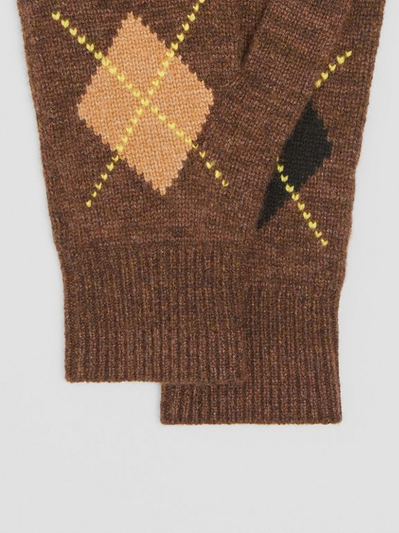 Argyle Intarsia Wool Cashmere Gloves in Brown | Burberry - cell image 1