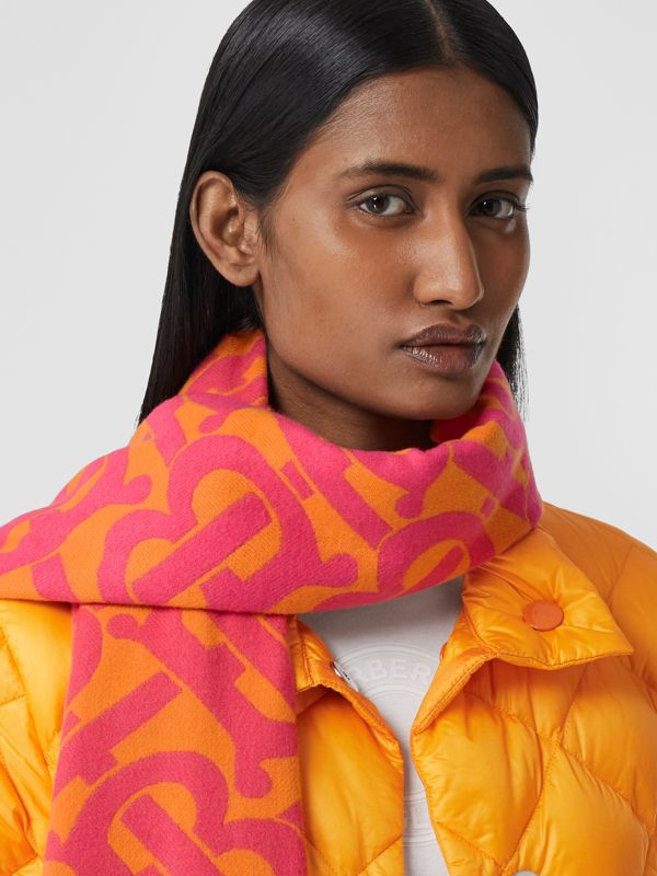 Monogram Cashmere Jacquard Scarf in Bright Pink | Burberry - cell image 2