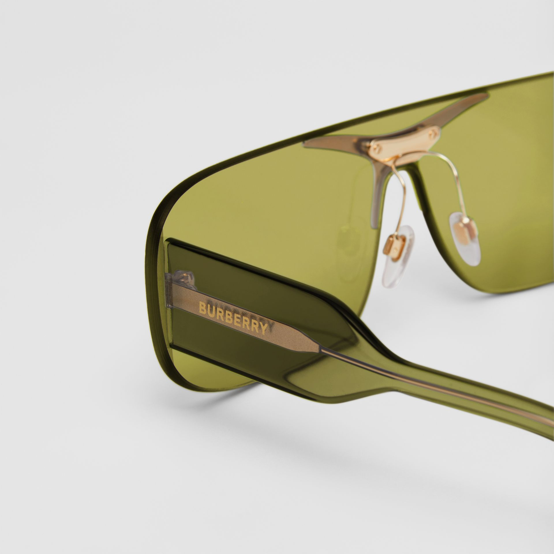 Blake Shield Sunglasses in Green | Burberry - gallery image 1