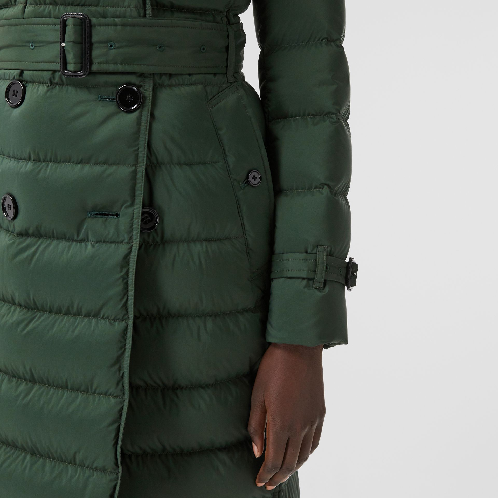 Logo Appliqué Detachable Hood Puffer Coat in Dark Pine Green - Women | Burberry Canada - gallery image 4