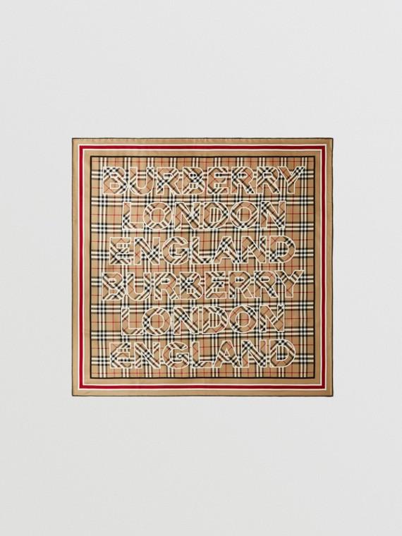 Lenço de seda em Vintage Check com logotipo (Bege Clássico)