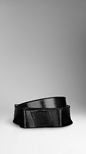 Bow Detail Patent Leather Belt