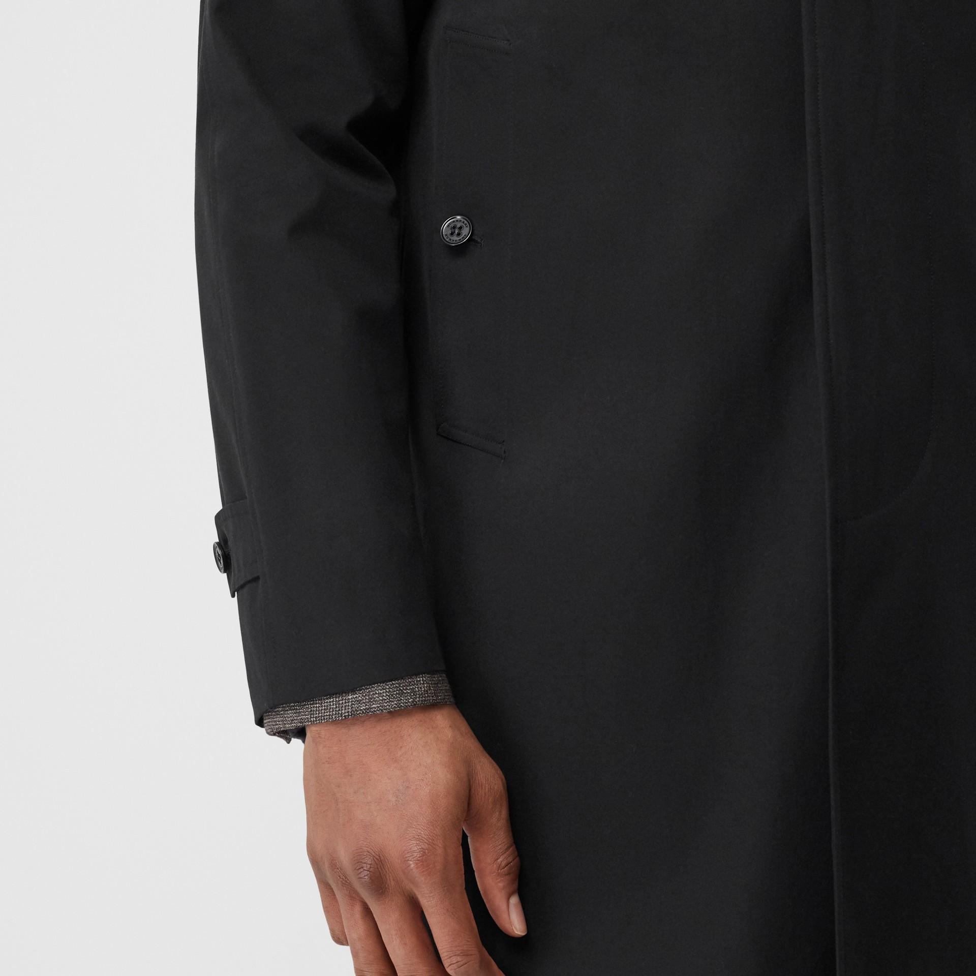 Car Coat Camden (Preto) - Homens | Burberry - galeria de imagens 5