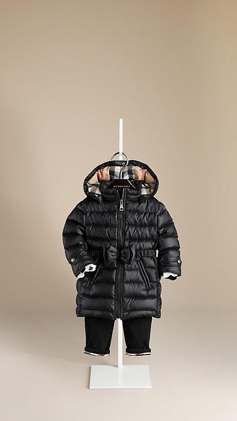 اجمل الملابس الشتوية للبنوتات الصغار . 51de80d462f7bc8b61a1