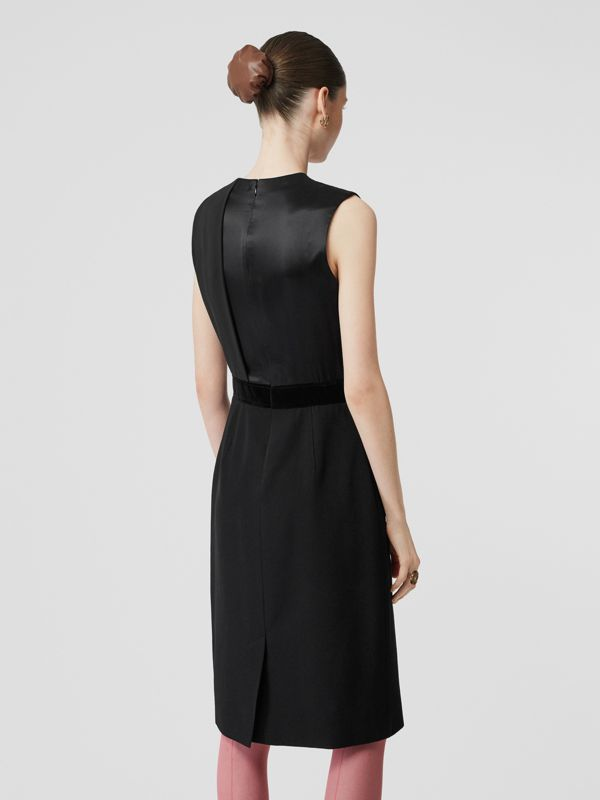 Panel Detail Silk and Wool Shift Dress in Black - Women | Burberry - cell image 2