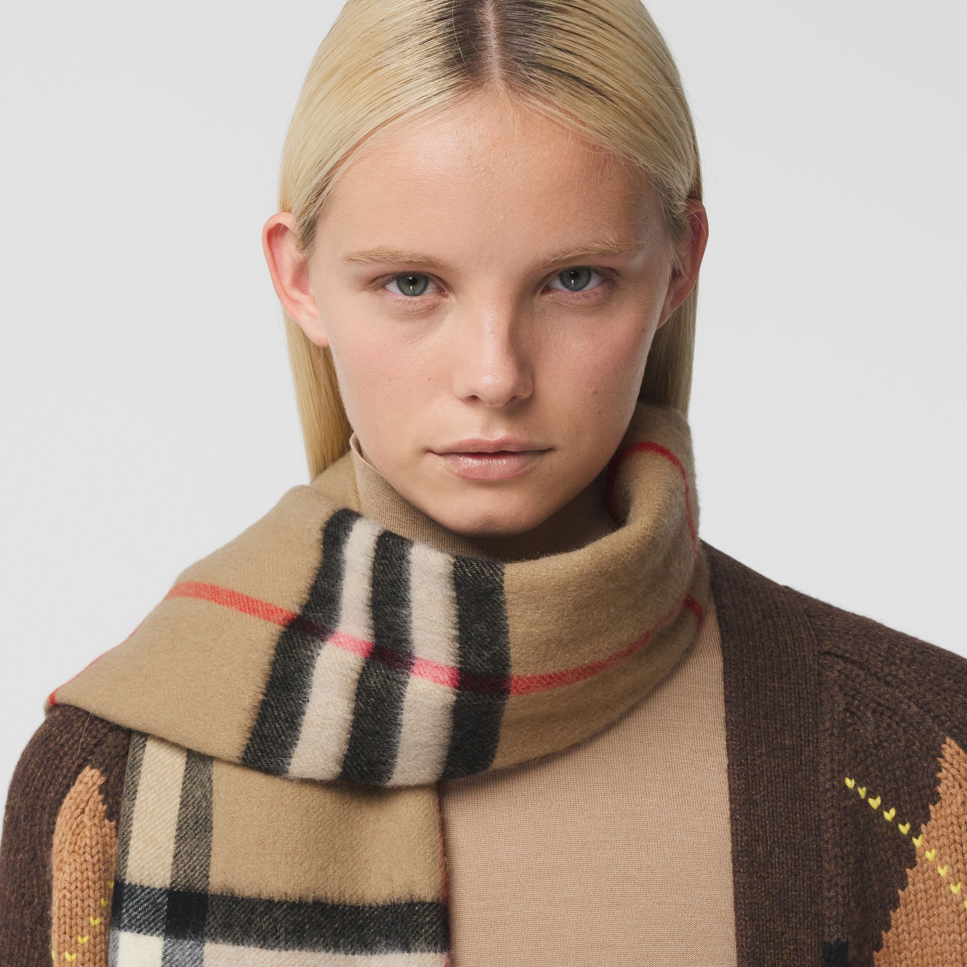 Reversible Check Cashmere Scarf in Yellow | Burberry - gallery image 2