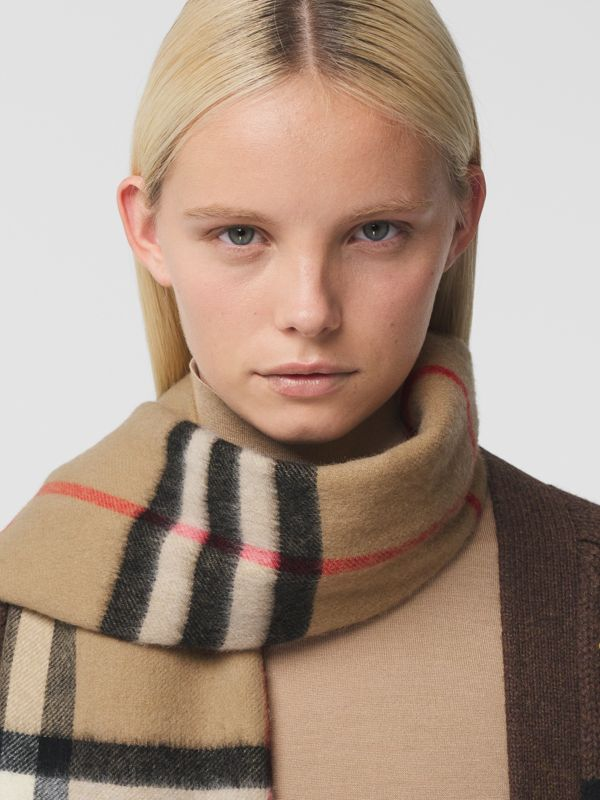 Reversible Check Cashmere Scarf in Yellow | Burberry - cell image 2