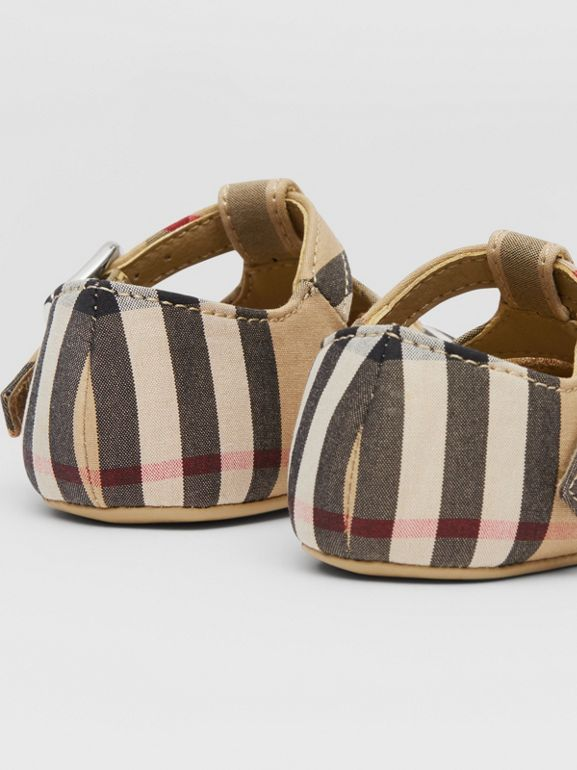 Vintage Check Cotton T-bar Shoes in Archive Beige - Children | Burberry United Kingdom - cell image 1