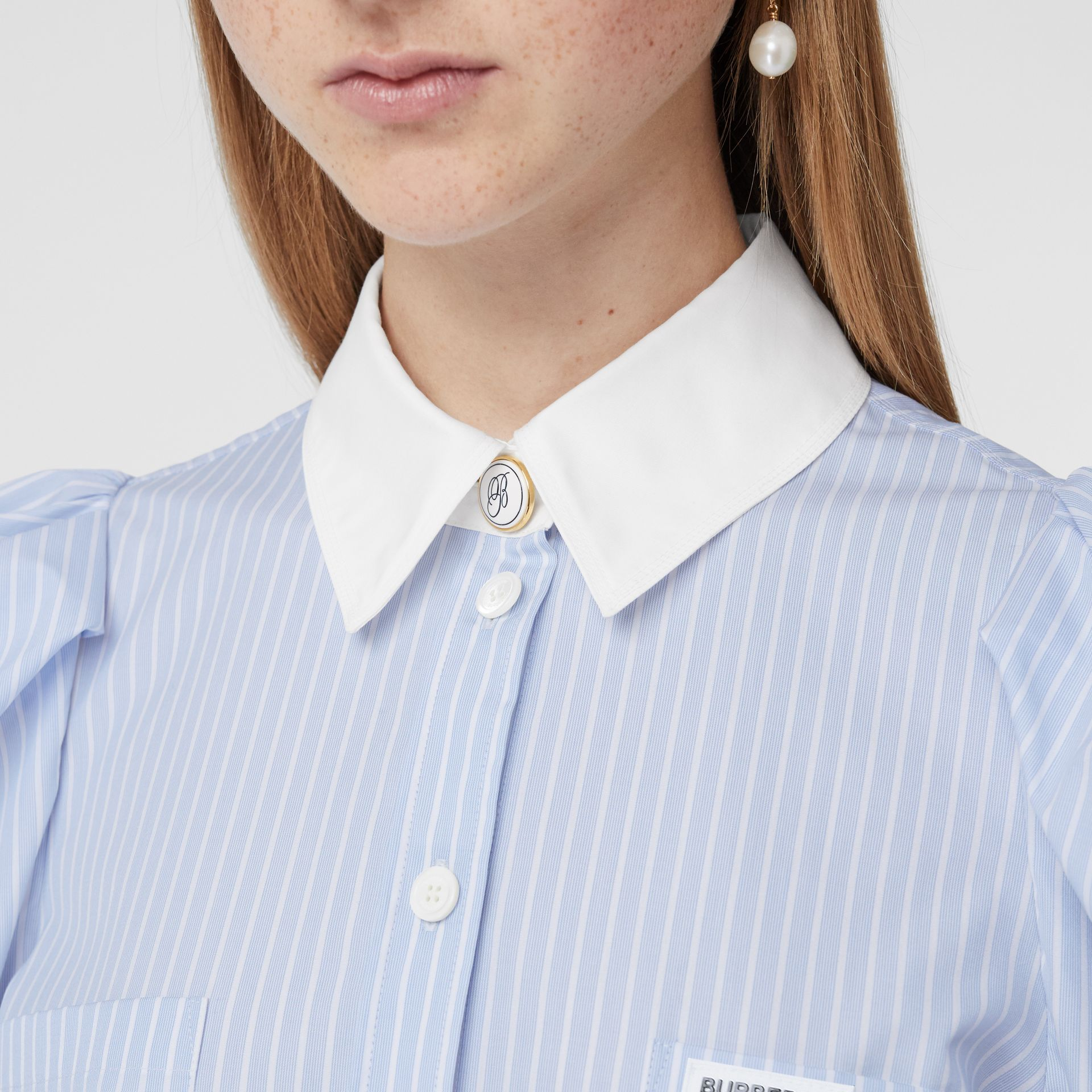 Vestido estilo camisa de popeline de algodão listrado (Azul Claro) - Mulheres | Burberry - galeria de imagens 1