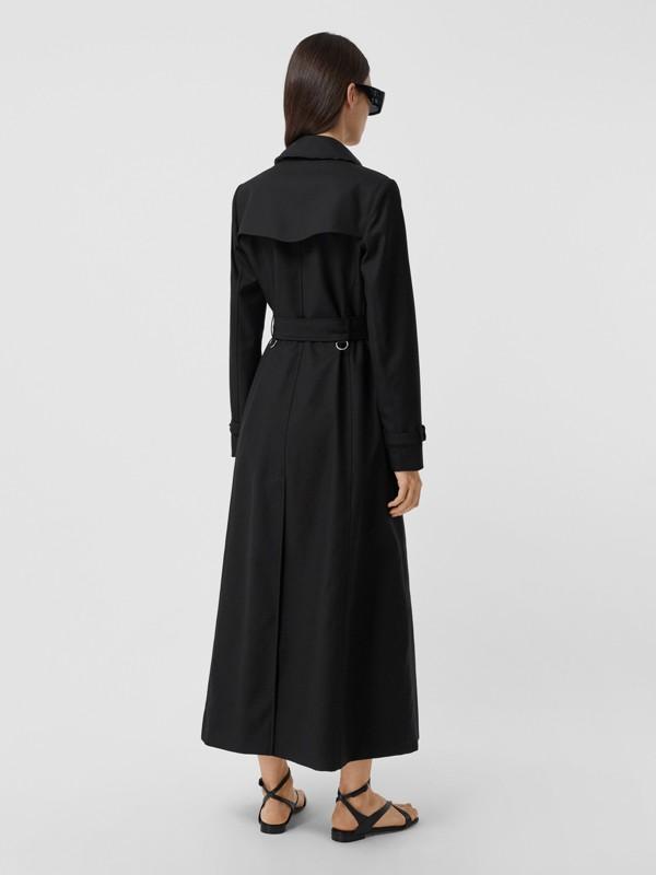Trench coat de gabardine de algodão com detalhe de bolso (Preto) - Mulheres | Burberry - cell image 2