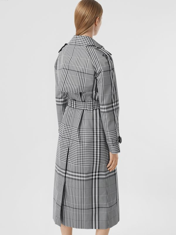 Check Twill Trench Coat in Black/white - Women | Burberry United States - cell image 2