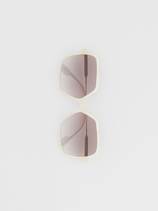 Oversized Square Frame Sunglasses in Pearl - Women | Burberry - cell image 3