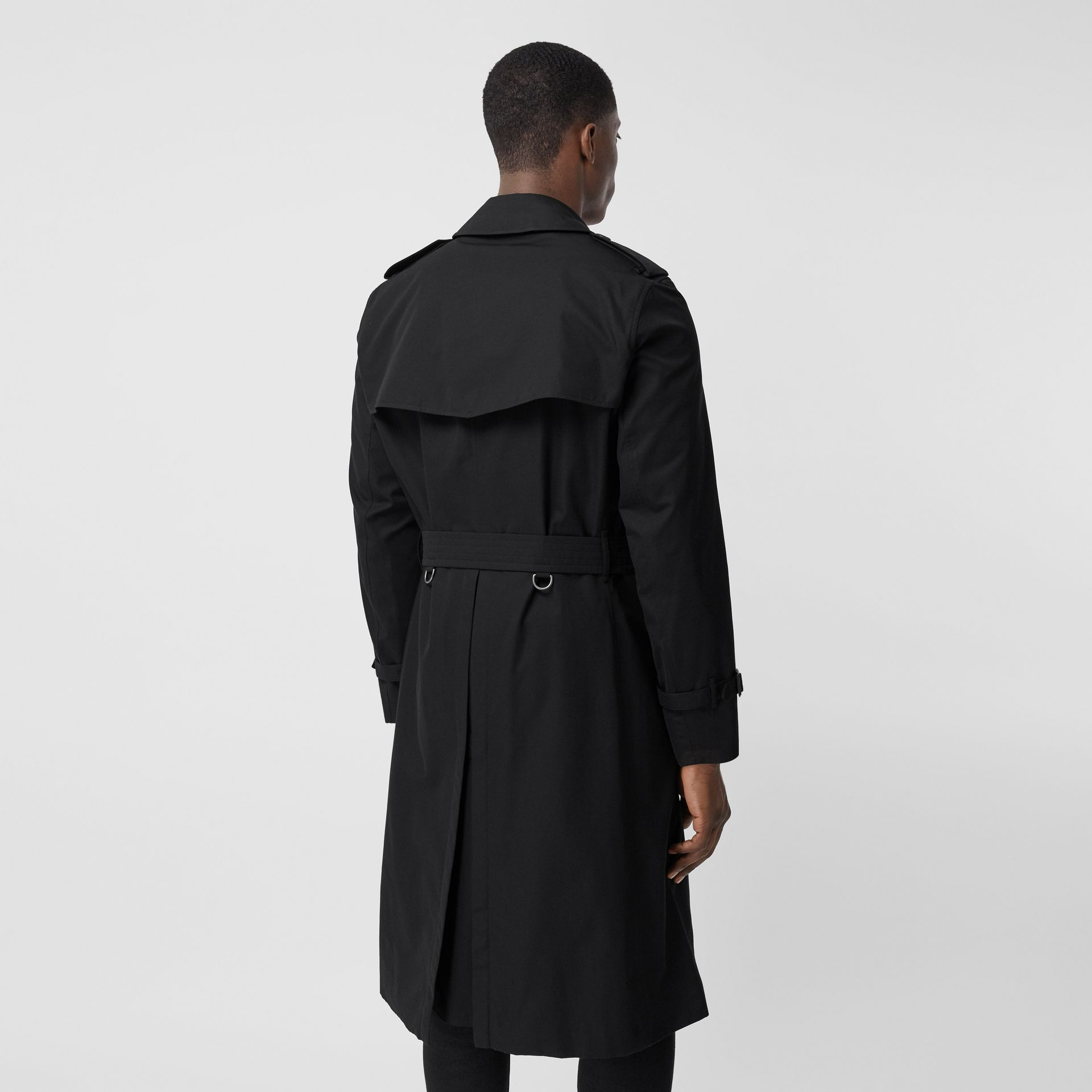 The Long Chelsea Heritage Trench Coat in Black - Men   Burberry - gallery image 2