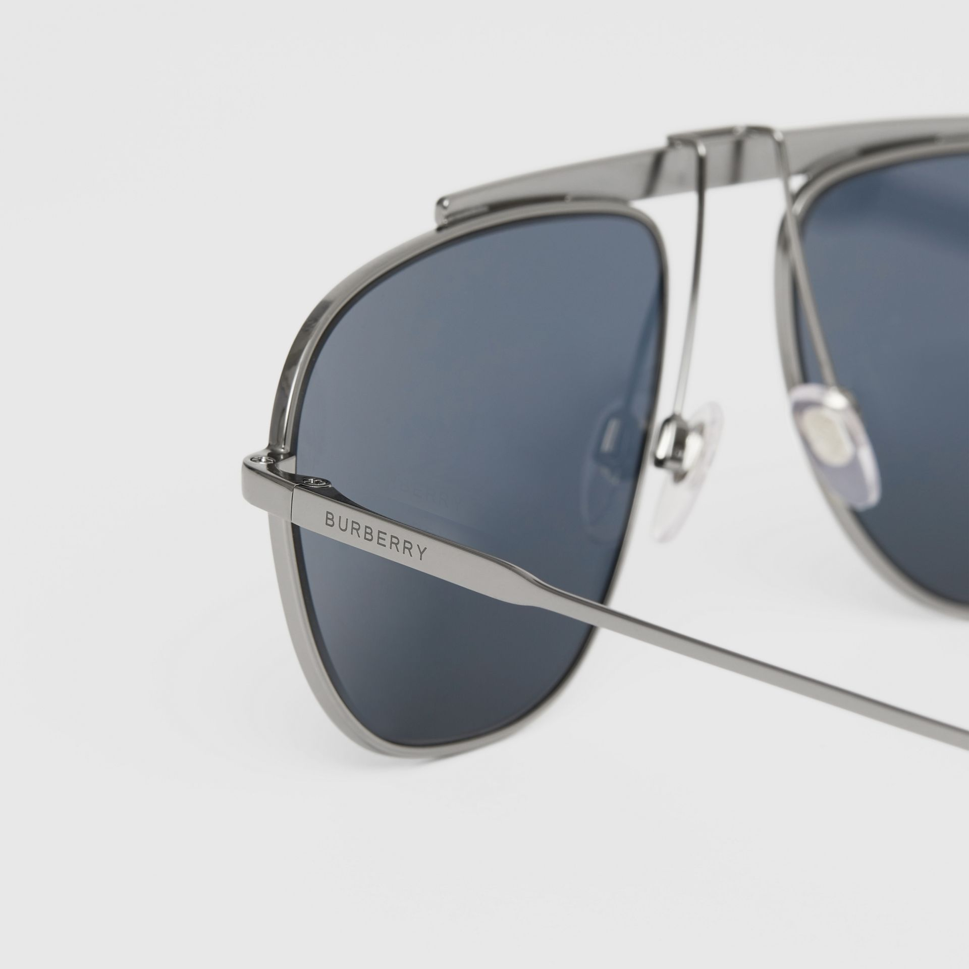 Icon Stripe Detail Pilot Sunglasses in Gunmetal Grey - Men | Burberry - gallery image 1