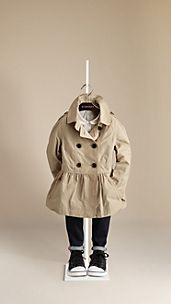 Trench coat con falda