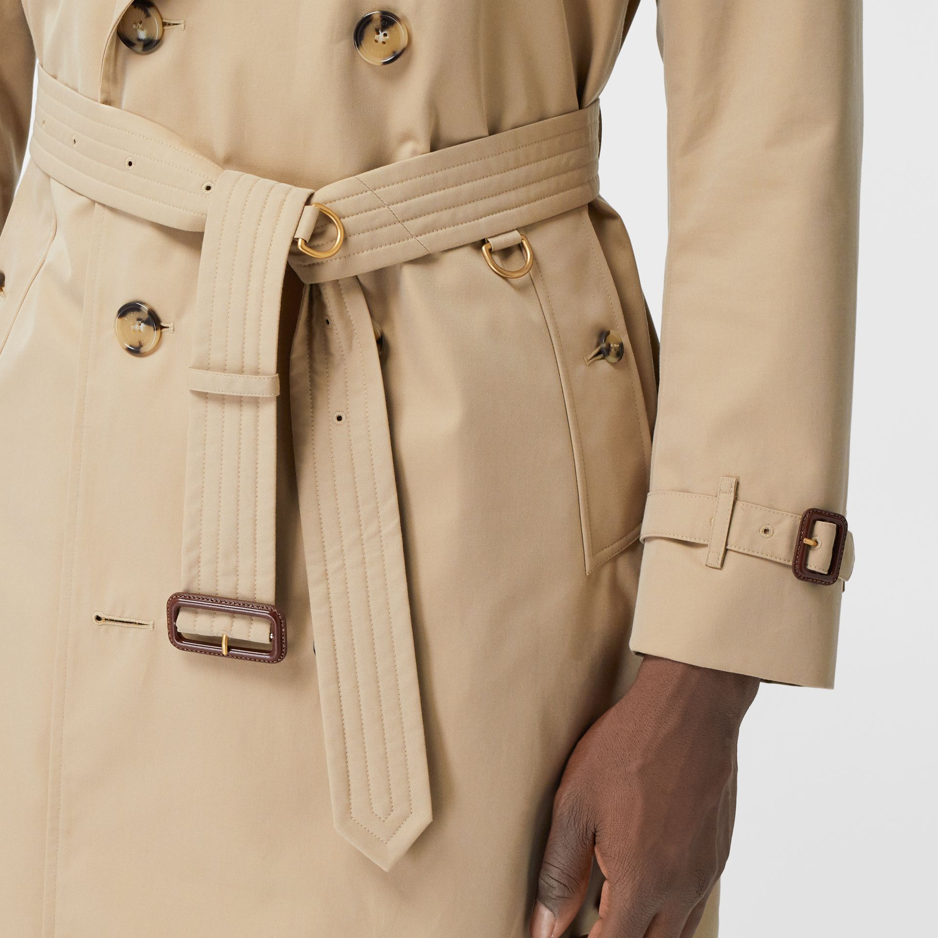 The Long Kensington Heritage Trench Coat in Honey - Men | Burberry United States - gallery image 5