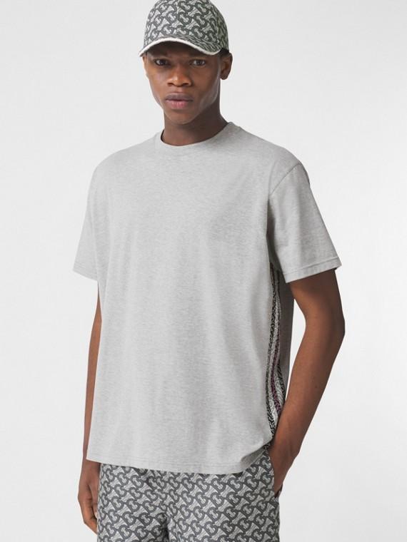 Oversize-T-Shirt mit Monogrammmuster im Streifendesign– Exklusives Online-Design (Hellgrau Meliert)