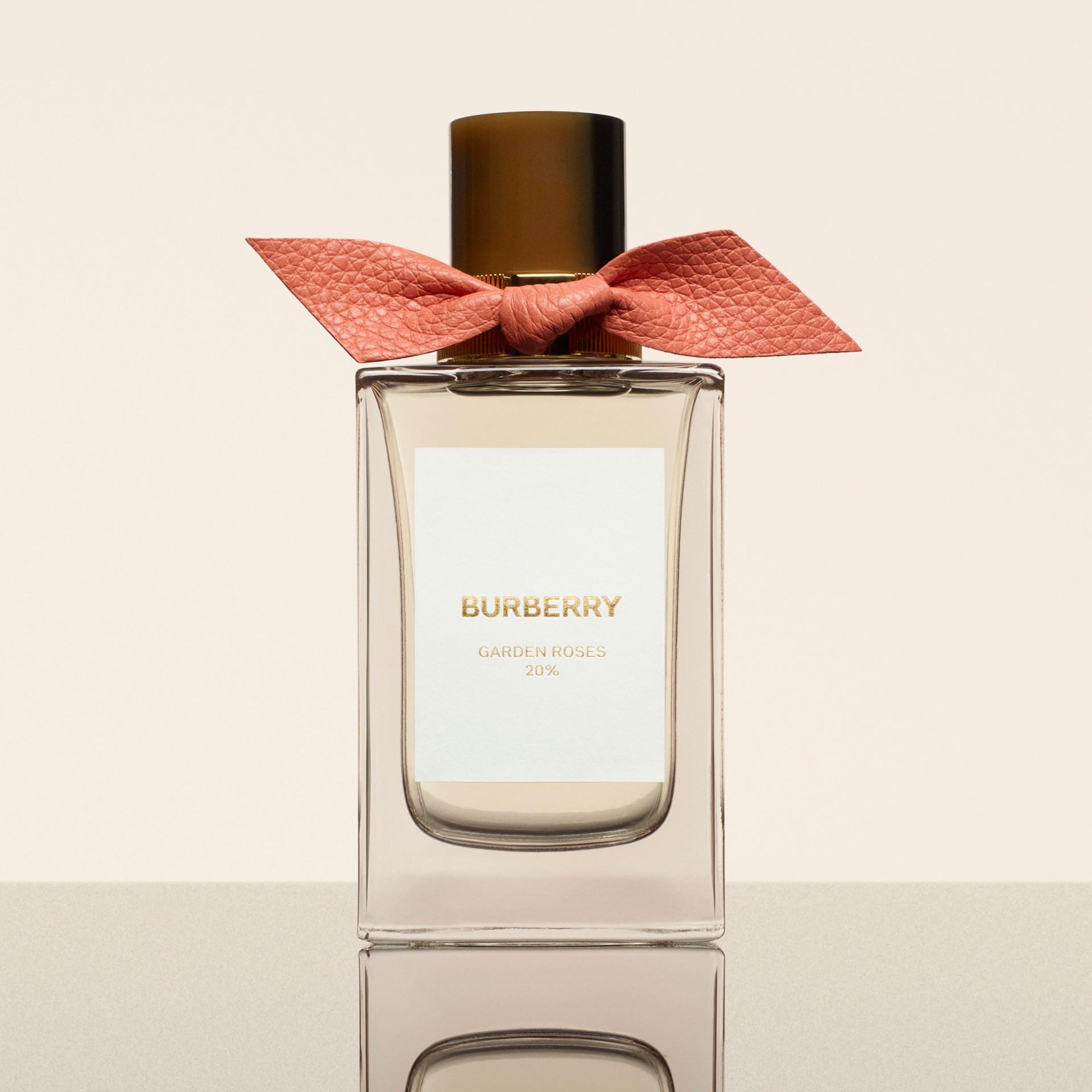 Burberry Signatures Garden Roses Eau de Parfum 100ml (100ml) | Burberry - Galerie-Bild 1