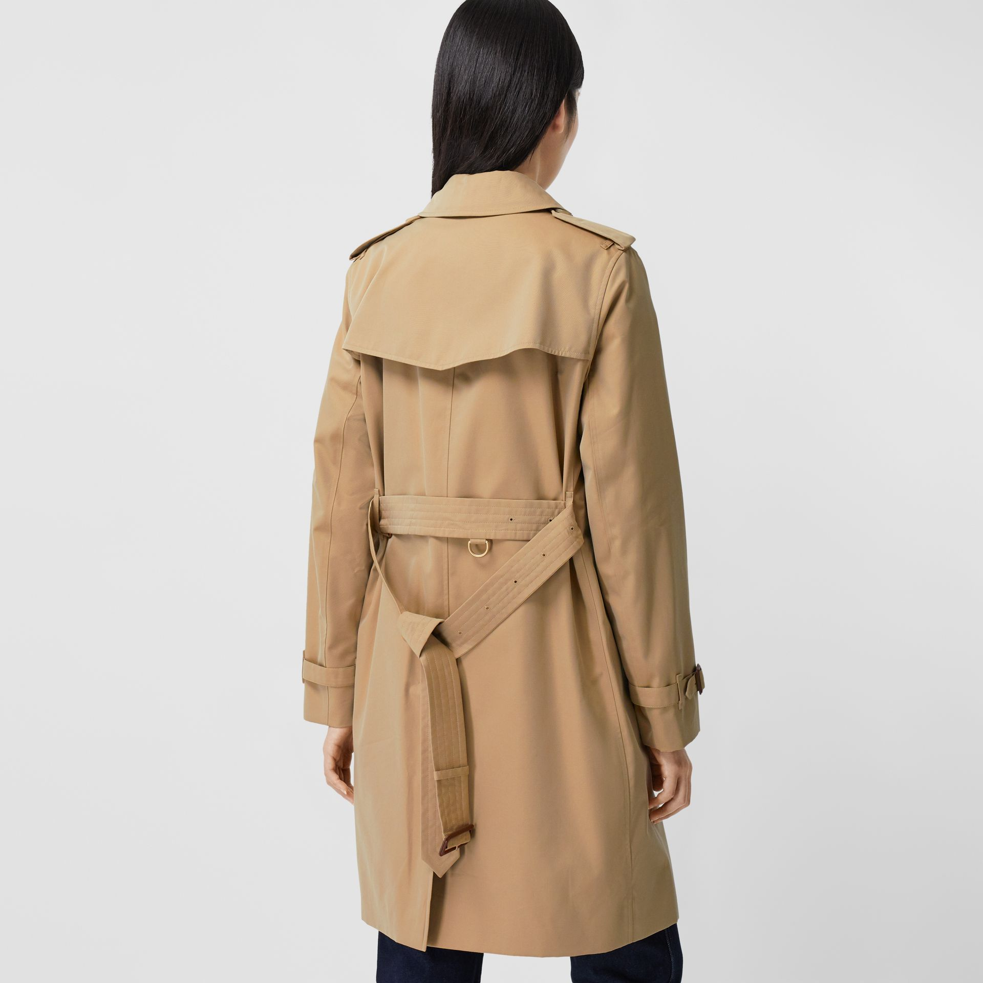 The Mid-length Kensington Heritage Trench Coat in Honey - Women | Burberry - gallery image 2