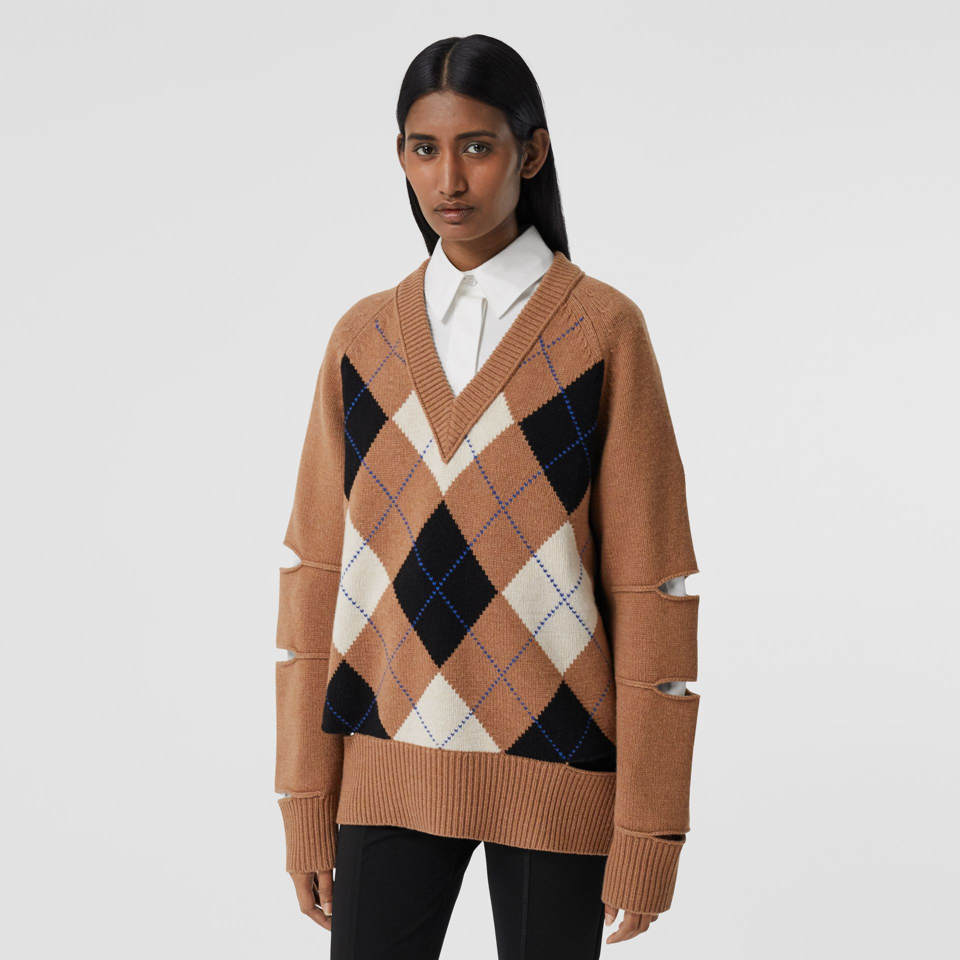Cut-out Detail Argyle Intarsia Wool Cashmere Sweater in Camel - Women | Burberry - gallery image 5