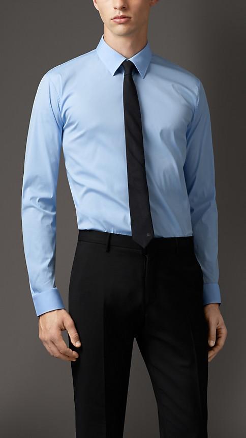 Men 39 s clothing burberry for Modern fit dress shirt