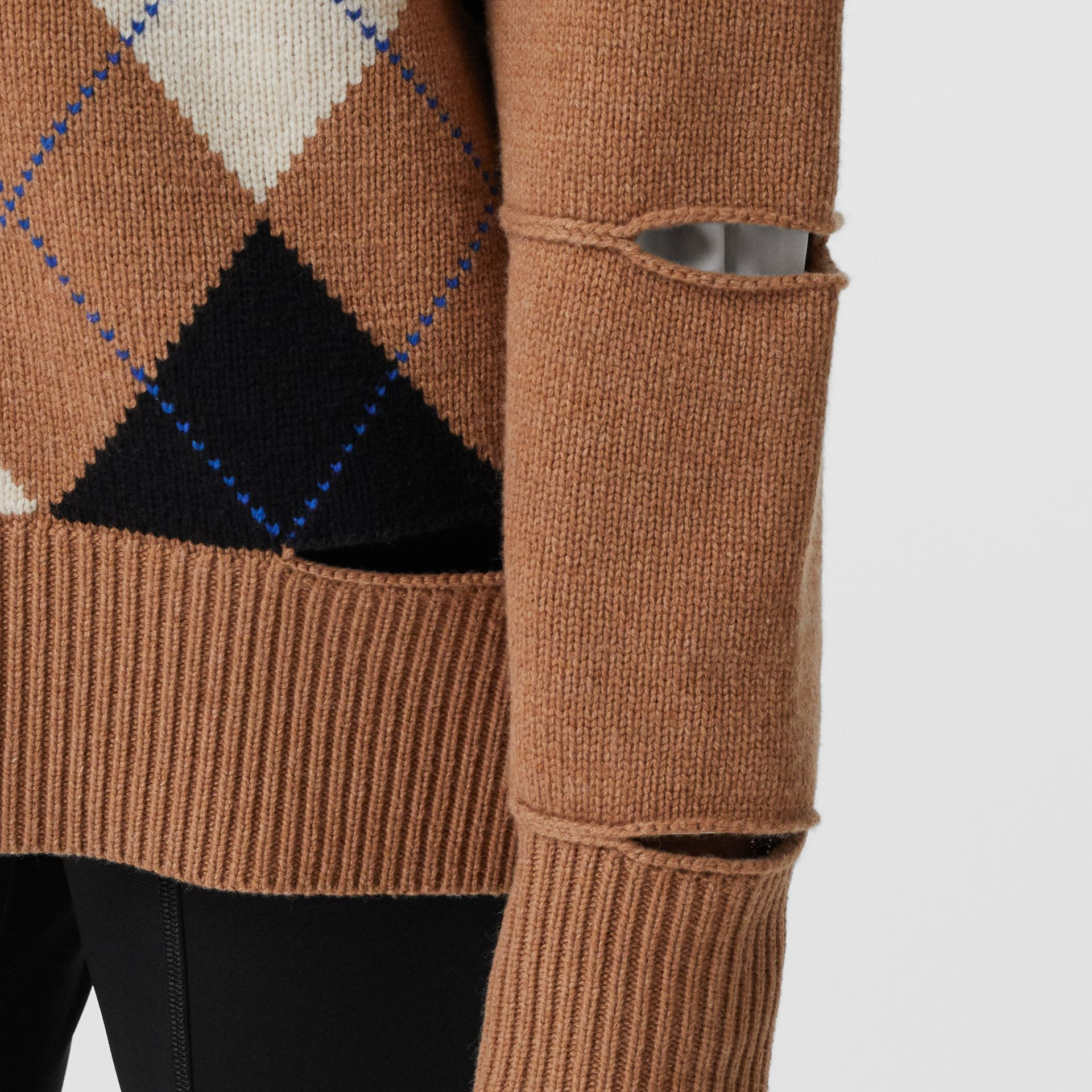 Cut-out Detail Argyle Intarsia Wool Cashmere Sweater in Camel - Women | Burberry - gallery image 4