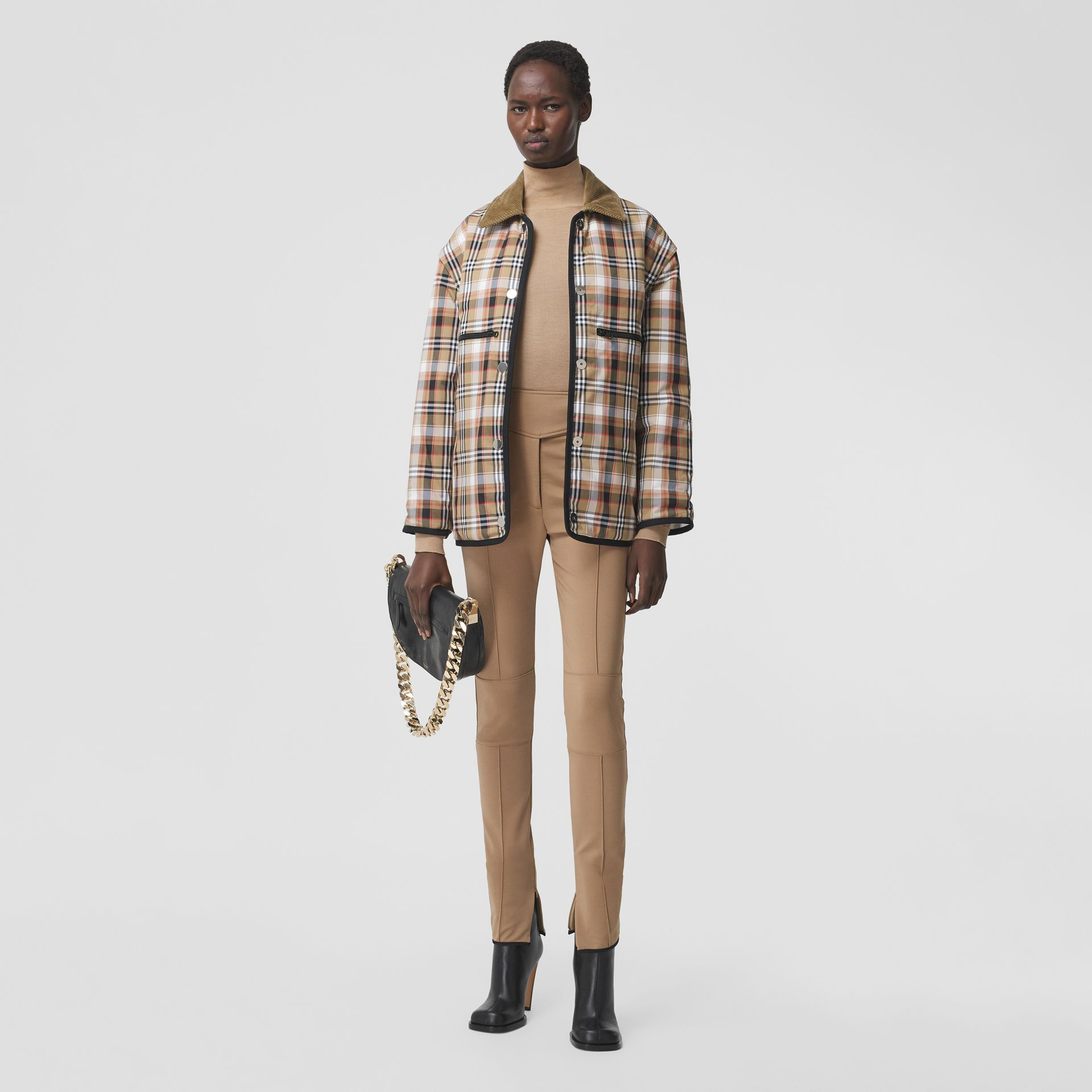Detachable Sleeve Reversible Logo Graphic Jacket in Natural White - Women   Burberry Hong Kong S.A.R. - gallery image 4