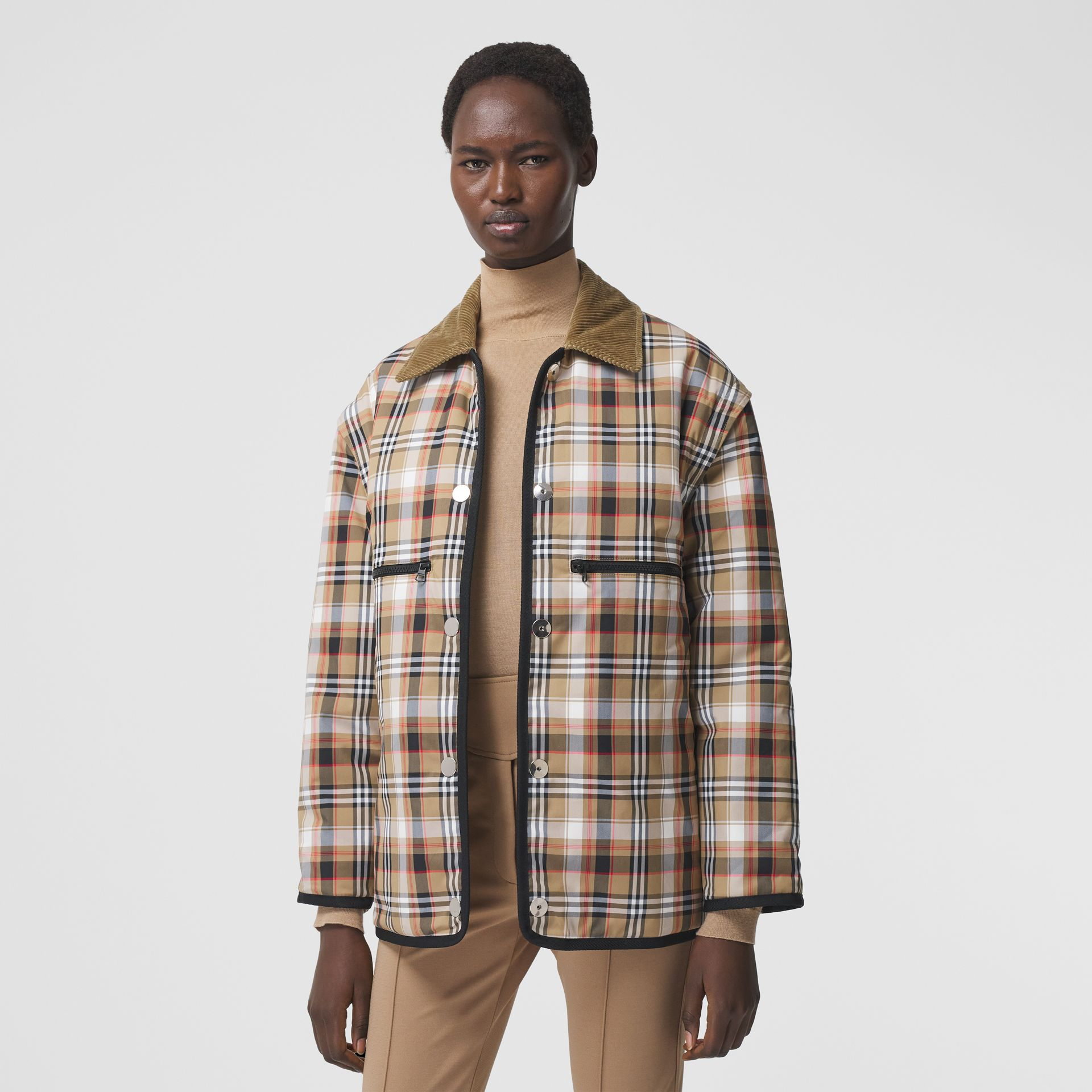 Detachable Sleeve Reversible Logo Graphic Jacket in Natural White - Women   Burberry Hong Kong S.A.R. - gallery image 3