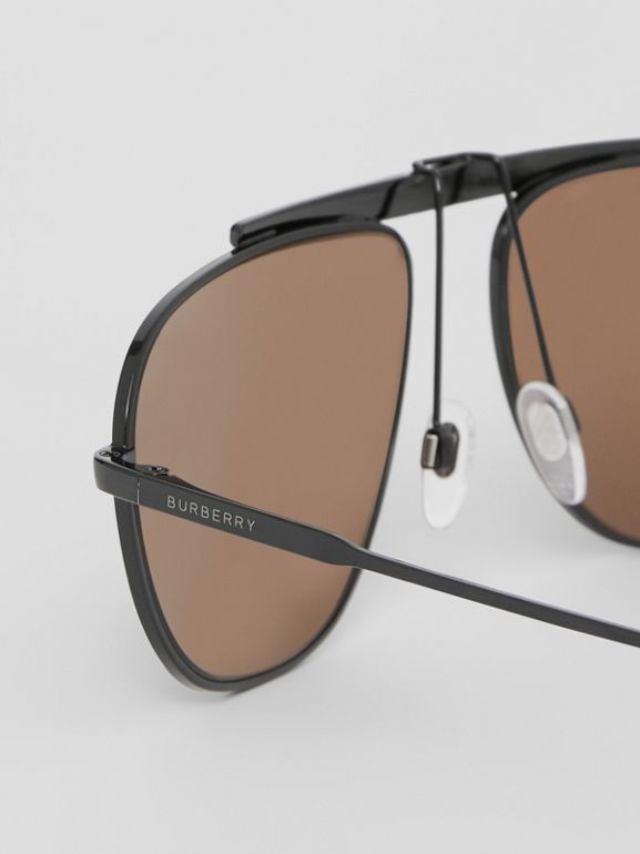 Icon Stripe Detail Pilot Sunglasses in Black - Men | Burberry - cell image 1