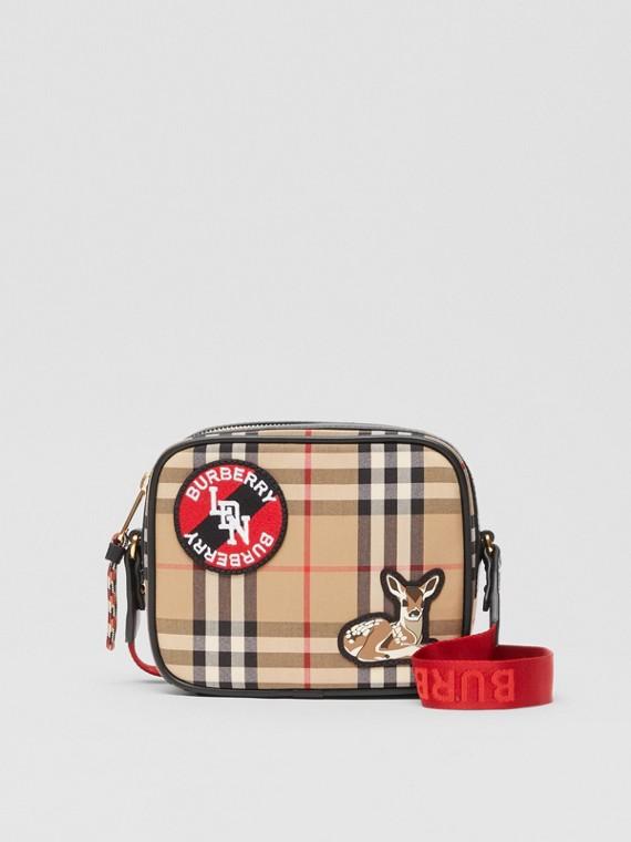 Camera bag con motivo Vintage check e logo (Beige Archivio)