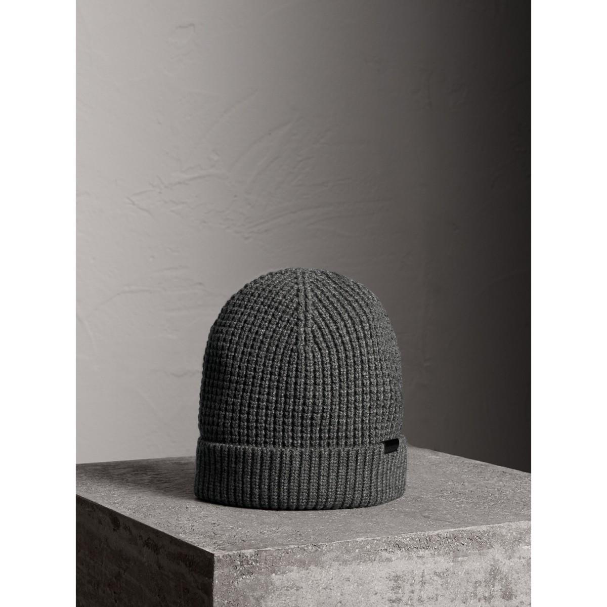 295b85f67 Buy burberry gloves for men - Best men's burberry gloves shop ...