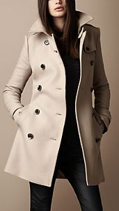 Trench coat en sarga de lana de longitud media