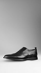 Brogue in pelle con perforatura