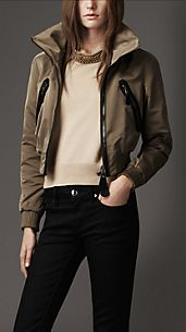 Bomber corto in satin