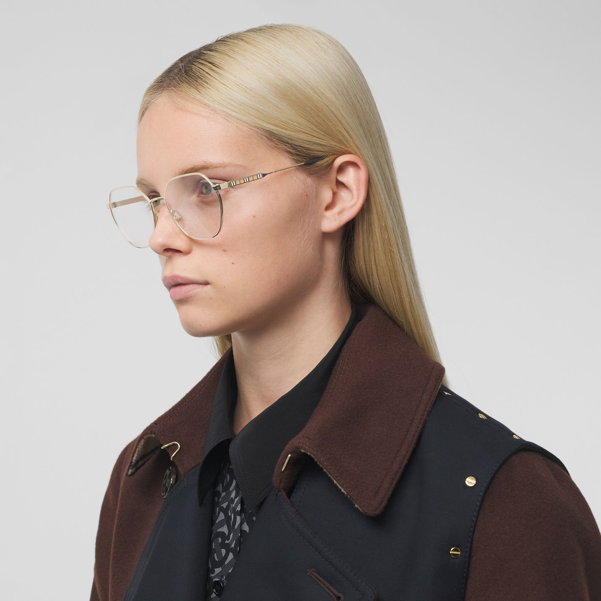 Geometric Optical Frames in Black - Women | Burberry - gallery image 2