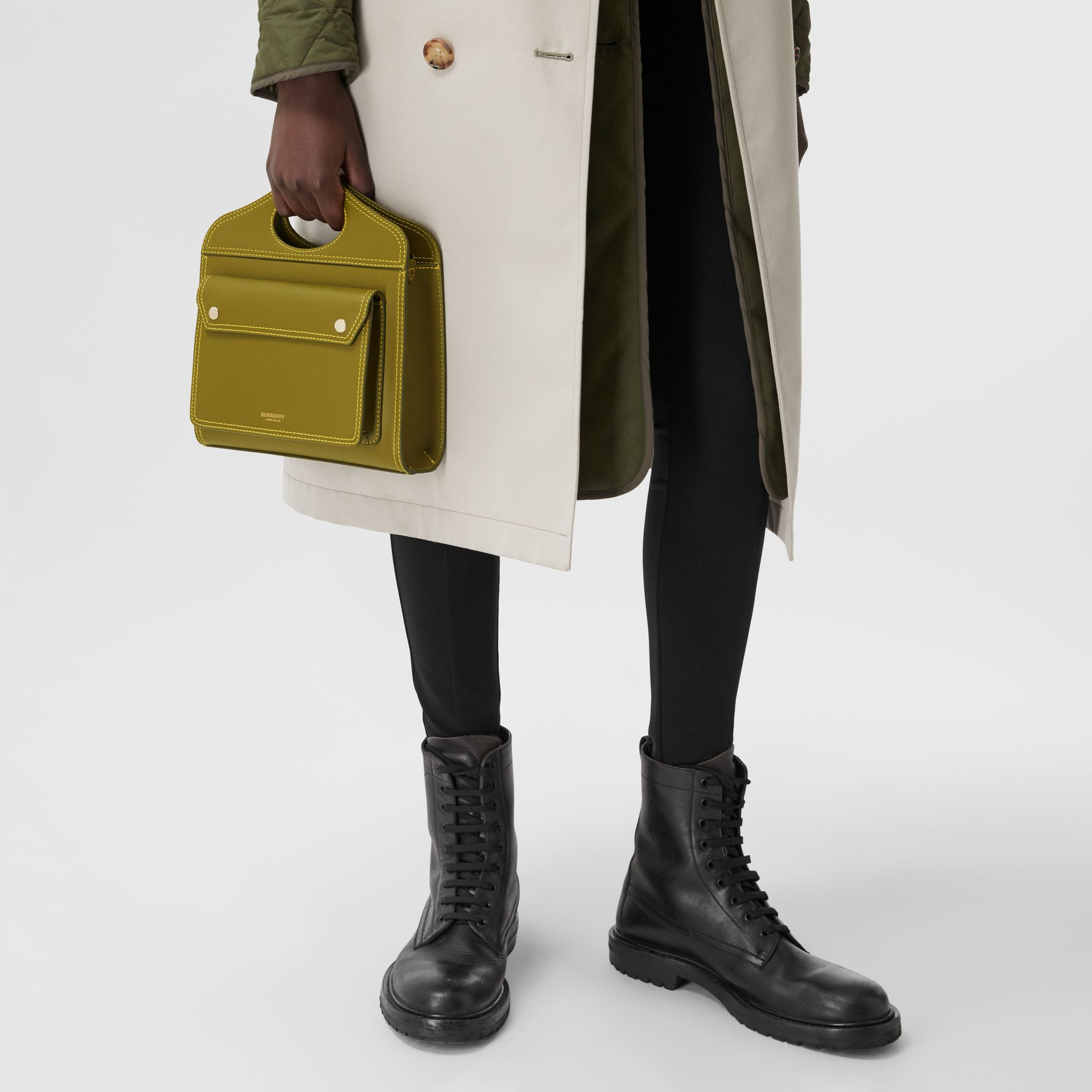 Mini sac Pocket en cuir surpiqué (Vert Genévrier) - Femme | Burberry Canada - photo de la galerie 8