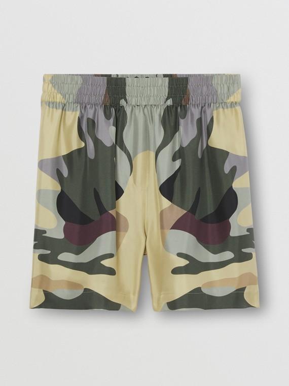 Pantaloncini in seta con stampa camouflage (Verde Salvia)