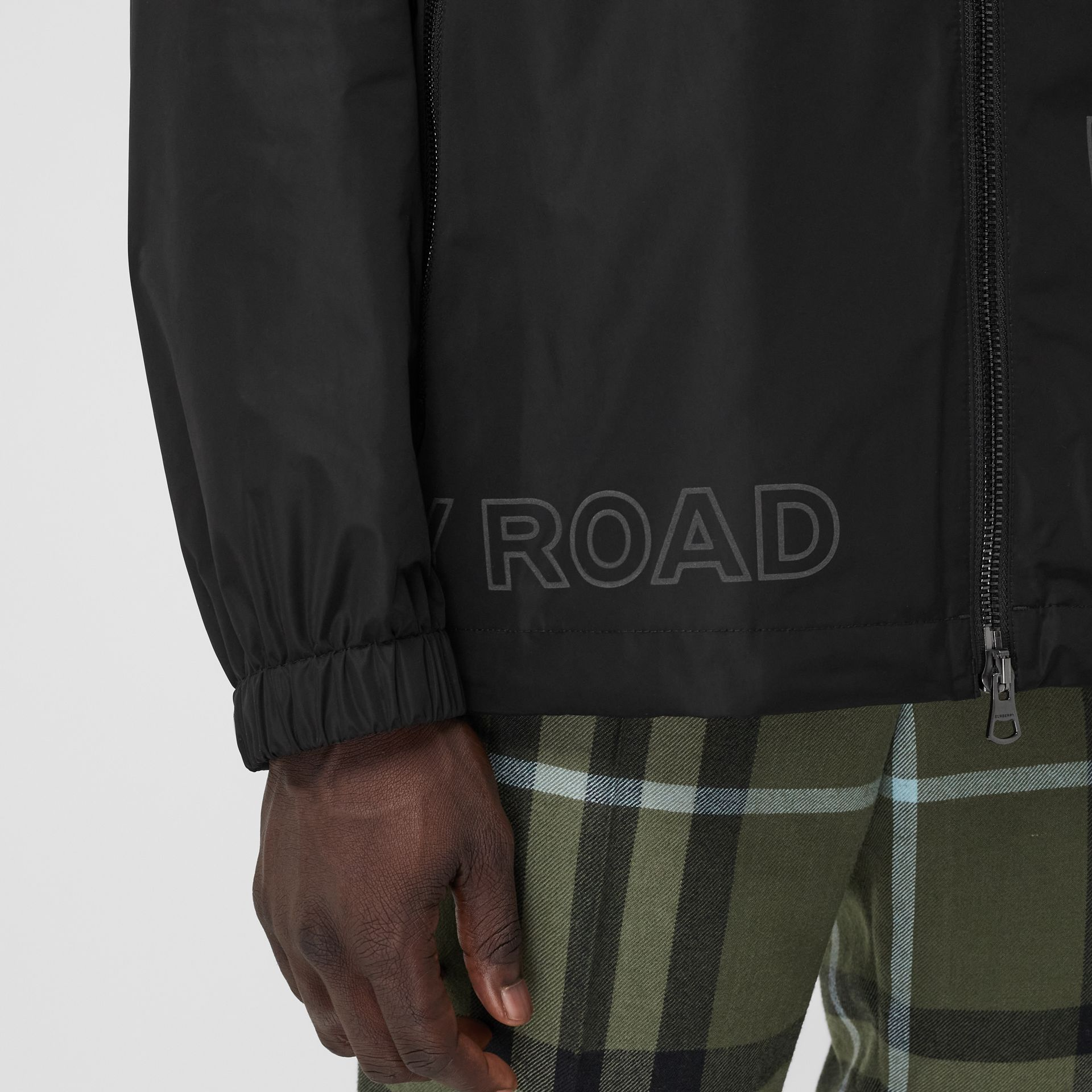 Horseferry Print Shape-memory Taffeta Hooded Jacket in Black - Men | Burberry - gallery image 4
