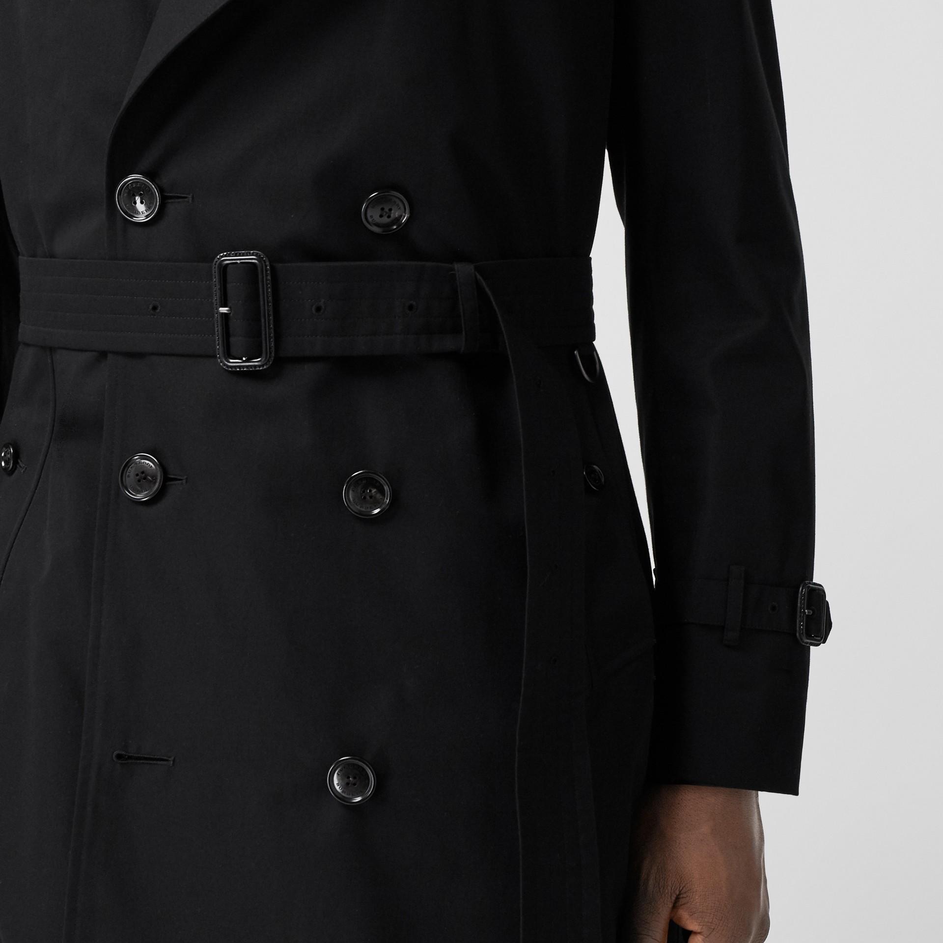 The Chelsea - Trench coat Heritage longo (Preto) - Homens | Burberry - galeria de imagens 5