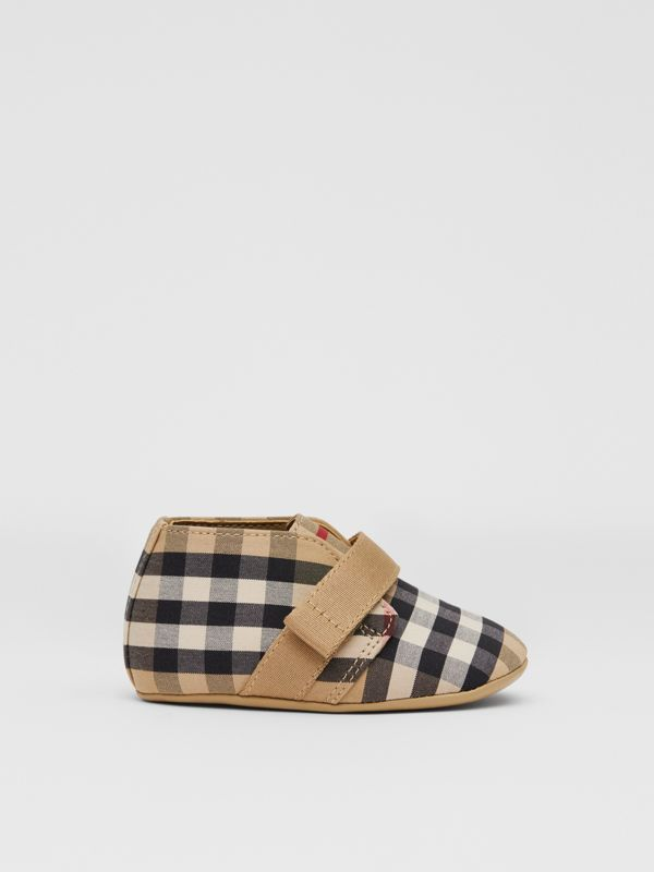 Vintage Check Cotton Booties in Archive Beige - Children | Burberry United Kingdom - cell image 3