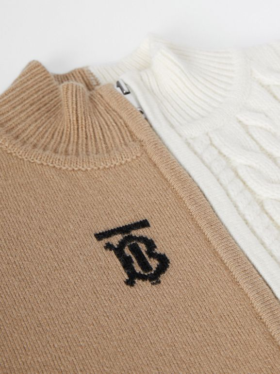 Star and Monogram Motif Wool Cashmere Poncho in Archive Beige - Children | Burberry - cell image 1