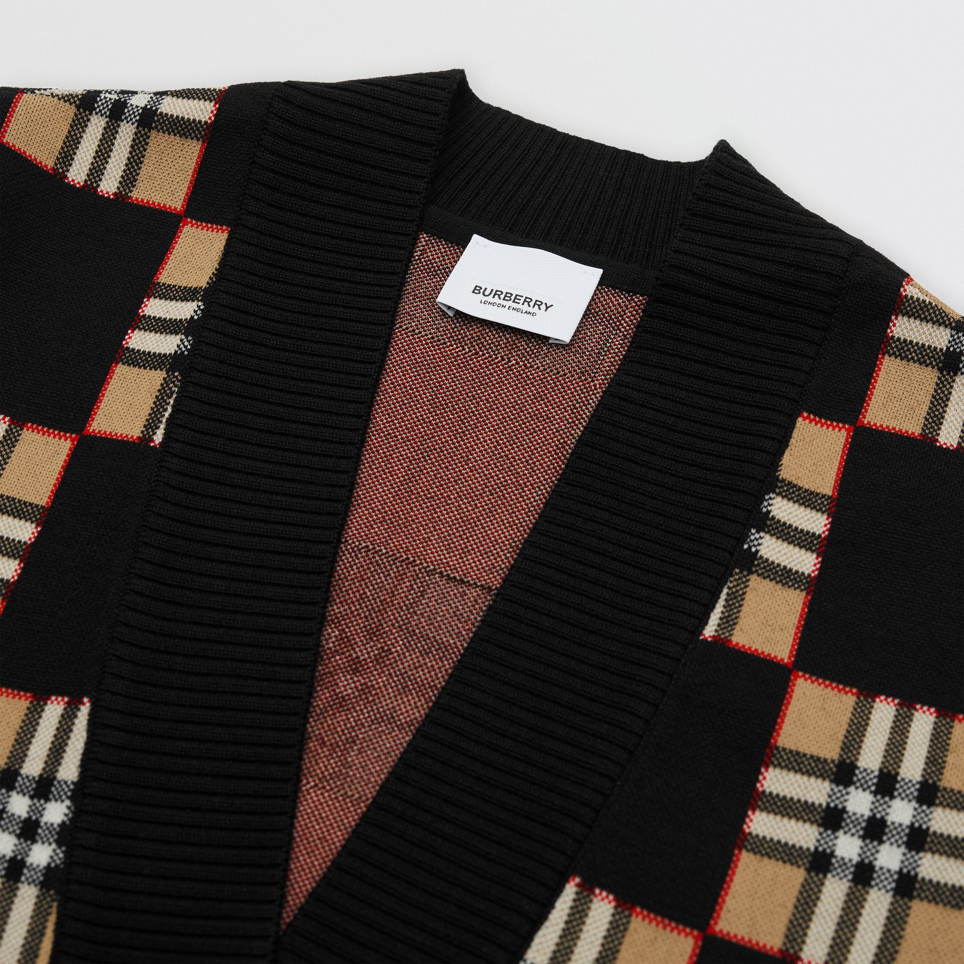 Chequer Merino Wool Blend Oversized Cardigan in Black/archive Beige - Women | Burberry United Kingdom - gallery image 3