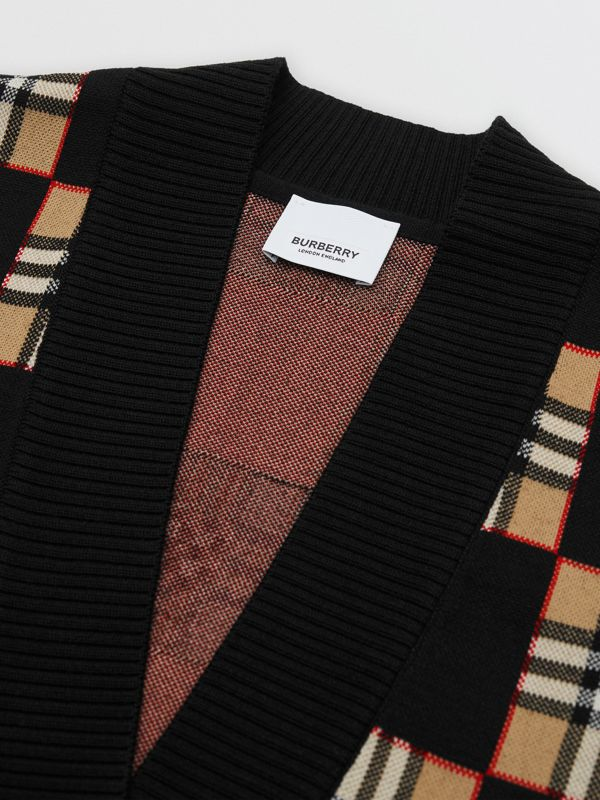 Chequer Merino Wool Blend Oversized Cardigan in Black/archive Beige - Women | Burberry United Kingdom - cell image 3