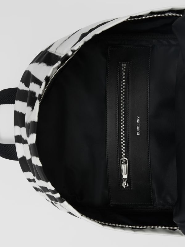Watercolour Print ECONYL® Backpack in Black/white | Burberry Hong Kong S.A.R - cell image 3
