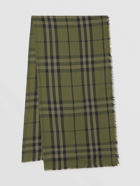Check Cashmere Jacquard Scarf in Military Green