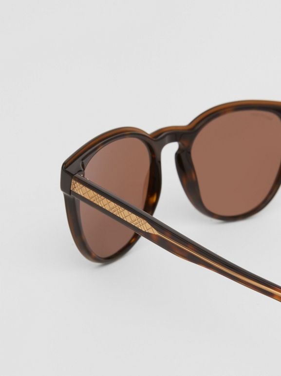 Round Frame Sunglasses in Tortoiseshell - Men | Burberry United Kingdom - cell image 1